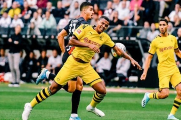 Frankfurt vs Borussia,Tamu Amankan Kemenangan Kembali